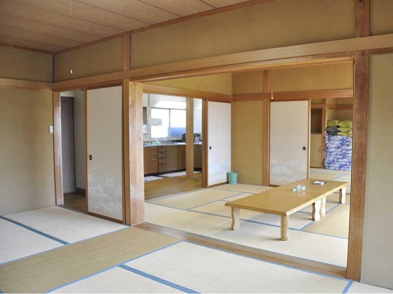 入田浜山荘 15名用 お部屋