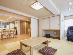 欅庵 9名用 マッサージチェアと大型浴槽完備