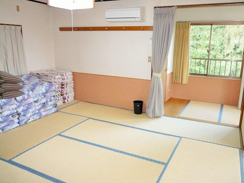 入田浜山荘 12名用 和室