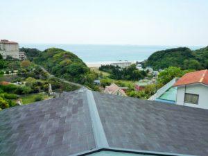 入田浜山荘 B6名用 室内から海の眺め