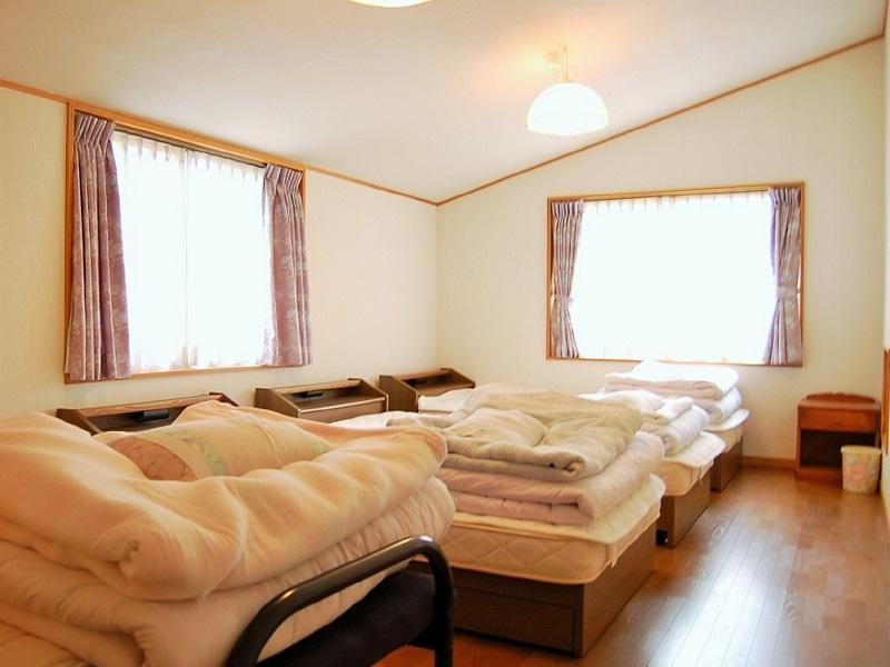 磐梯050-1 6~8名用-Ⅰ ベッドルーム