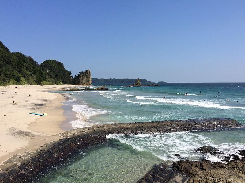 吉佐美大浜ビーチ。外人の別荘なども多く異国情緒漂うビーチです。