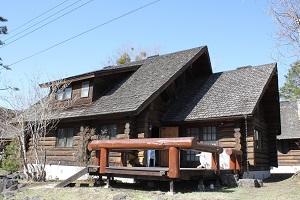 軽井沢のコテージで紅葉狩りとバーベキューを楽しもう!