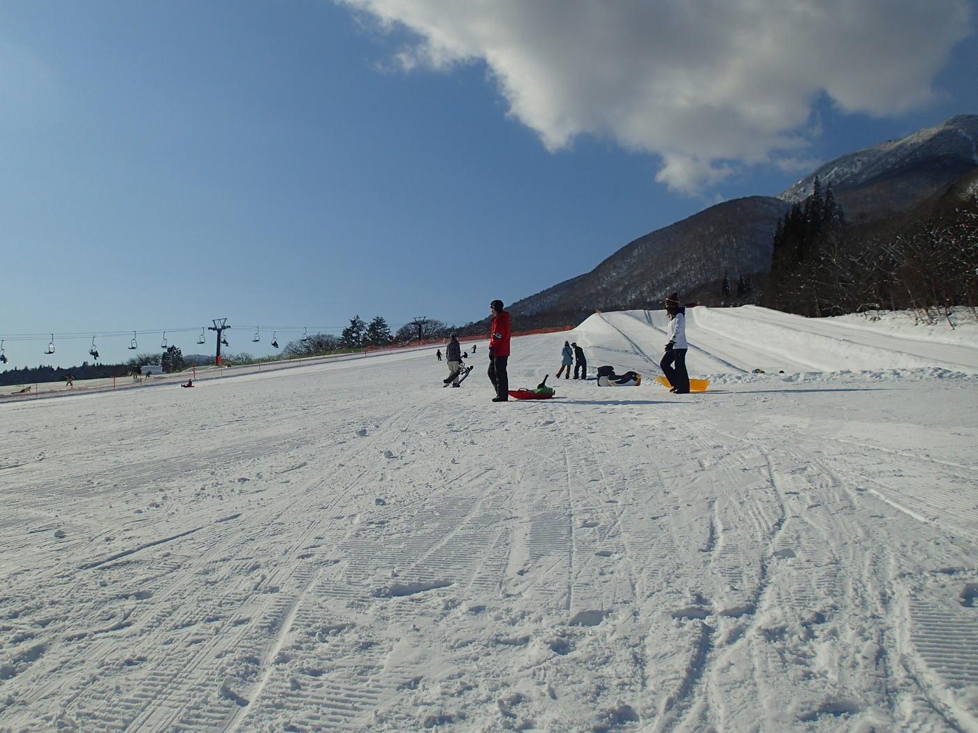 家族ファミリーで密を避けてのんびり雪遊びしたい人にお勧め!黒姫スノーパーク・ファミリーパーク