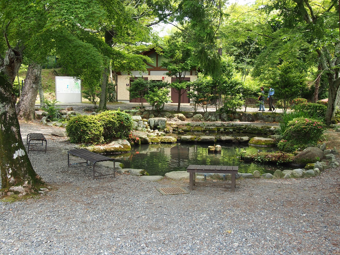 世界遺産「韮山反射炉」にある池